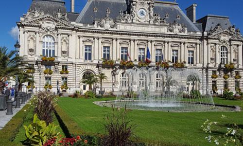 Tours Hôtel de Ville