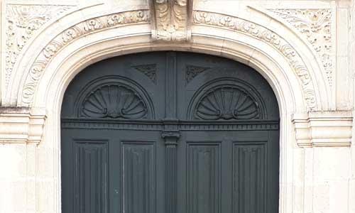 Portail de l'église de Montlouis sur Loire